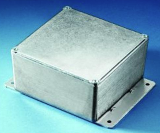 BUD CU-4124 BUD Natural (4.37 x 2.37 x 1.21) Die Cast Aluminum Enclosure, with mounting bracket. (Series Image)