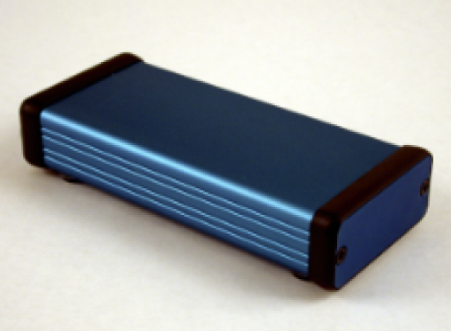Hammond Mfg. 1455D801BU Hammond (3.15 x 1.77 x 0.98 Inch) Blue Rounded Rectangle Extruded Aluminum Enclosure with Aluminum End Plate (Product Image)