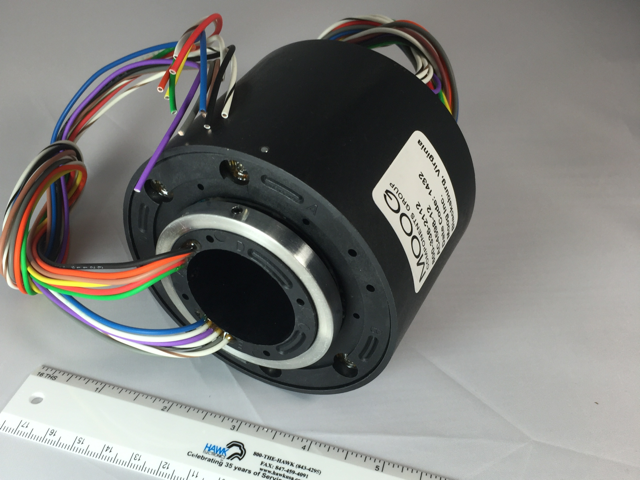 MOOG AC4598-18BS 1-1/2 Though bore 18 10-amp circuits with 36 Inch Leads Sealed Slip Ring (Series Image)